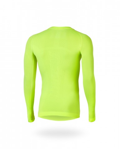 ACCENT_baselayer_Ultra_Yellow_40A8585