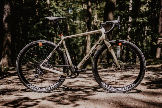 accent_bikes_gravel_Freak_Apex_sand_04