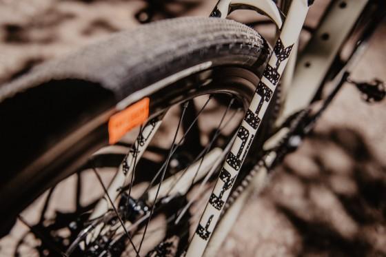 accent_bikes_gravel_Freak_Apex_sand_07