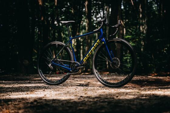 accent_bikes_gravel_Freak_Carbon_Rival_bikecheck_02
