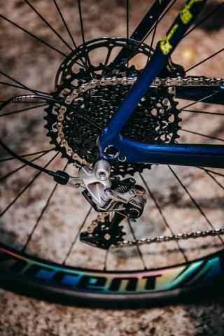 accent_bikes_gravel_Freak_Carbon_Rival_bikecheck_05