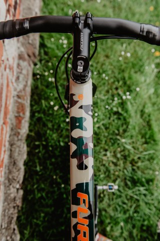 accent_bikes_gravel_Furious_army_camo_19