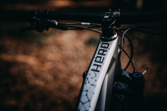 accent_bikes_mtb_Hero_Carbon_XT_bikecheck_07