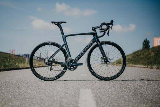 accent_bikes_road_Cyclone_Disc_Ultegra_bikecheck_01