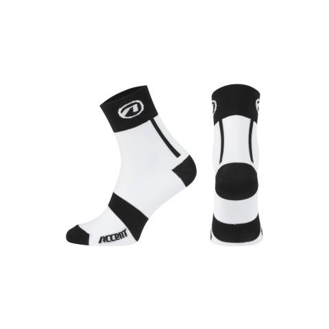 accent_socks_jump_white