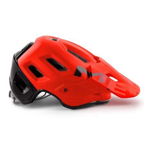 met-helmets-Roam-M112RO1-side