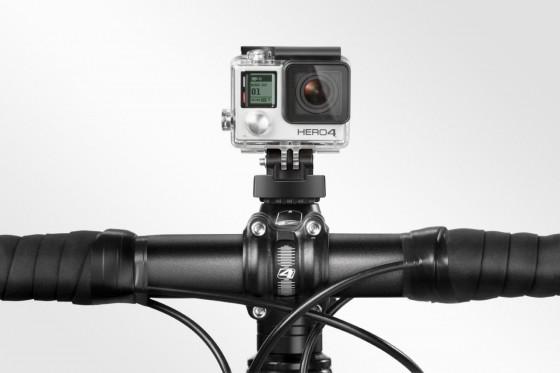 t7200_gopro-bike-mount_inuse-handlebar_front_0416