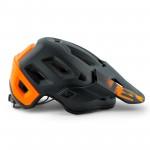 met-helmets-Roam-M112NA1-side